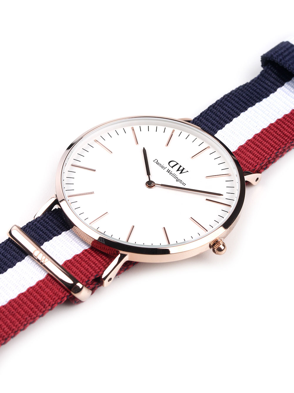 Daniel Wellington 0103DW Classic Cambridge Herren 3ATM 40mm