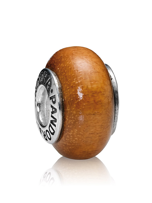 Pandora Moments 790702 Charm Muiracatiara Holz